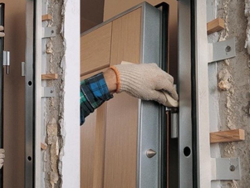 Установка входной двери в Гомеле